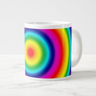 Modelo redondo psicodélico del arco iris taza grande