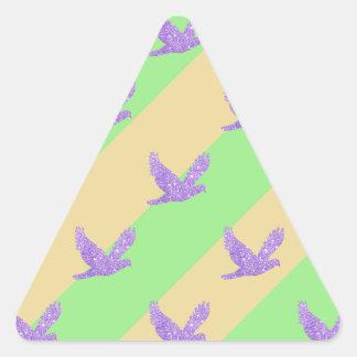 Modelo reluciente rayado del pájaro pegatina triangular