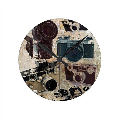 Modelo retro de las cámaras del Grunge del vintage Reloj Redondo Mediano