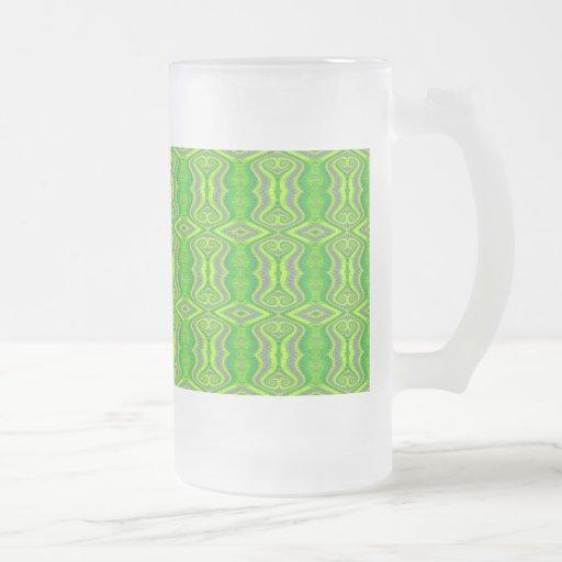 Modelo retro del fractal de los años 60 de la verd tazas de café