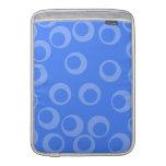 Modelo retro. Diseño del círculo en azul Funda MacBook