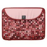 Modelo retro enrrollado rojo, blanco y negro de funda macbook pro