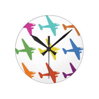 Modelo retro punky del aeroplano del vintage reloj redondo mediano