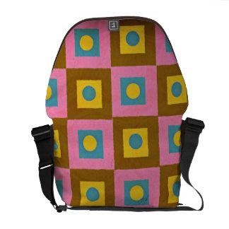 Modelo retro, rosa geométrico, amarillo de Brown y Bolsa De Mensajería