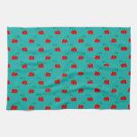 Modelo rojo de la cereza de la turquesa toalla
