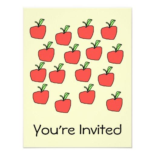 Modelo rojo de la manzana, en la crema anuncios personalizados