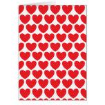 Modelo rojo de los corazones felicitación