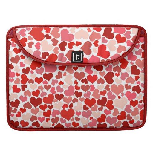Modelo rojo de los corazones funda macbook pro