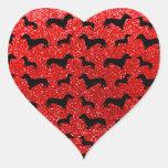 Modelo rojo de neón lindo del brillo del dachshund pegatina en forma de corazón