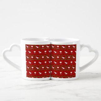 Modelo rojo de Papá Noel de los unicornios Taza Para Parejas
