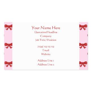 Modelo rojo del arco de la cinta en rosa tarjetas de visita