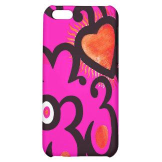 Modelo rojo del corazón en rosa