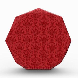 Modelo rojo del damasco