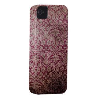 Modelo rojo del Grunge del damasco iPhone 4 Case-Mate Carcasas