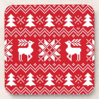 Modelo rojo elegante del invierno del suéter del posavasos