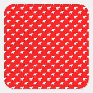 Modelo rojo rojo del elefante pegatina cuadrada