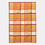 Modelo rojo y anaranjado de la tela escocesa toalla