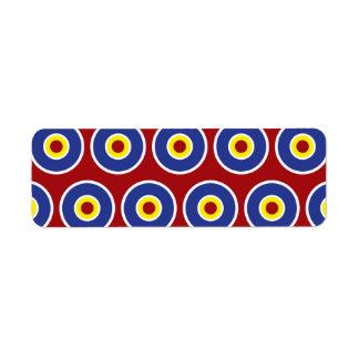 Modelo rojo y azul de la diana de los círculos con etiquetas de remite