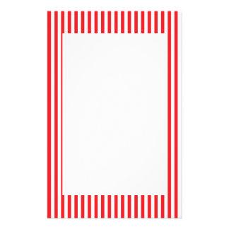 Modelo rojo y blanco de las rayas  papeleria