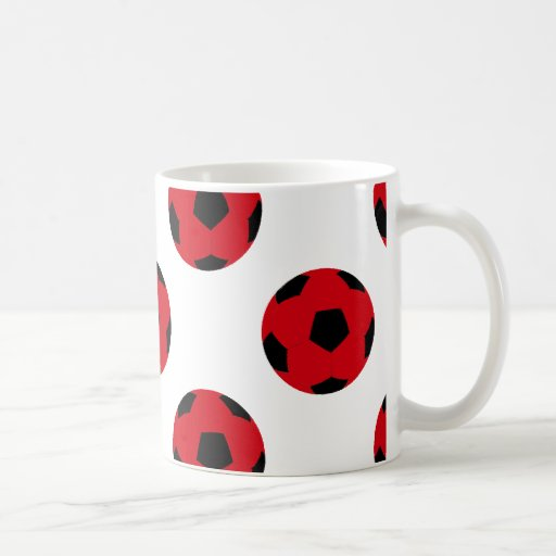 Modelo rojo y negro del balón de fútbol taza