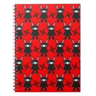 Modelo rojo y negro del conejito de Ninja Libretas