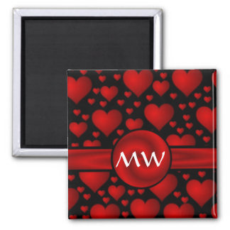 Modelo rojo y negro del monograma del corazón imán cuadrado