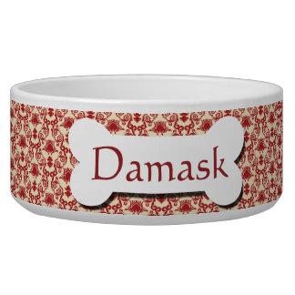 Modelo rojo y poner crema del damasco tazon para perro
