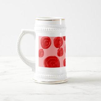 Modelo romántico del rosa rojo. En rosa Taza De Café