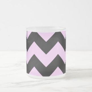 Modelo rosa claro y negro de Chevron Taza De Café