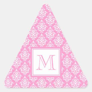 Modelo rosado 1 del damasco con el monograma pegatina triangular