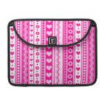 Modelo rosado abstracto + corazones de las flores  funda para macbooks