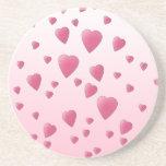 Modelo rosado bonito de los corazones del amor posavaso para bebida