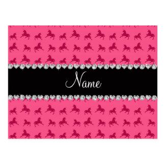 Modelo rosado conocido personalizado del unicornio postales