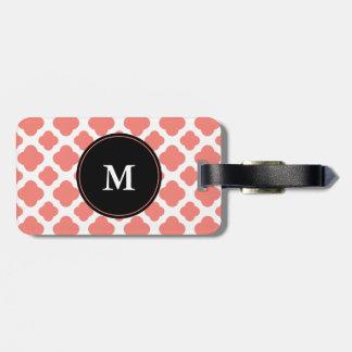 Modelo rosado coralino con monograma de Quatrefoil Etiquetas Para Maletas