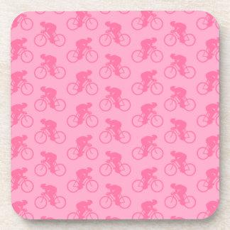 Modelo rosado de la bicicleta posavaso