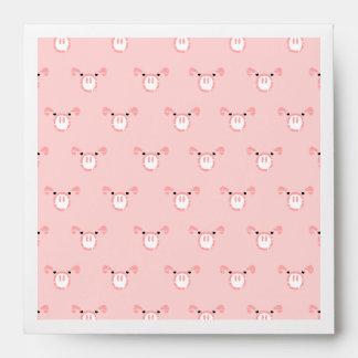 Modelo rosado de la cara del cerdo sobres