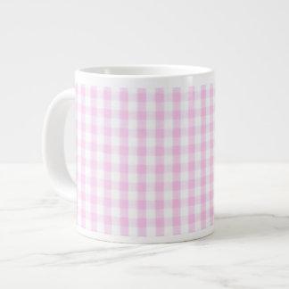 Modelo rosado de la guinga taza extra grande