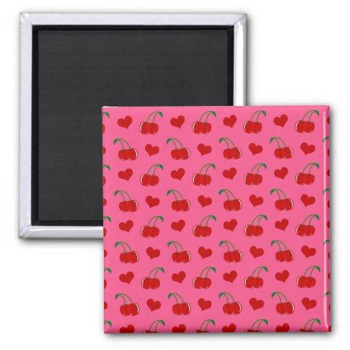 Modelo rosado de los corazones de la cereza imán cuadrado