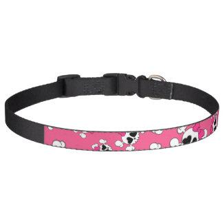 Modelo rosado de los cráneos y de los arcos de la  collar de perro