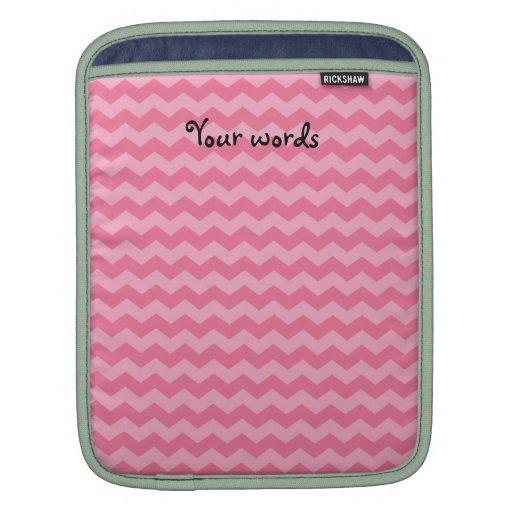 Modelo rosado de los galones manga de iPad