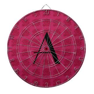 Modelo rosado de los rosas del monograma tabla dardos