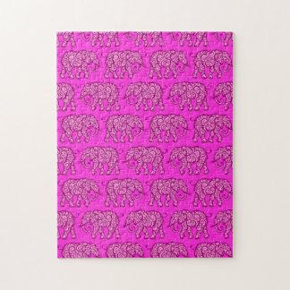Modelo rosado del elefante que remolina puzzle