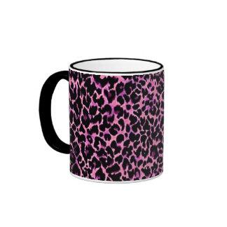 Modelo rosado del guepardo taza a dos colores