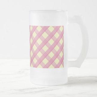 Modelo rosado del vintage de la guinga taza