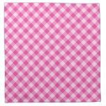 Modelo rosado, diagonal de la guinga servilletas de papel