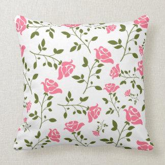 Modelo rosado estilizado lindo de los rosas cojin