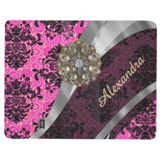 Modelo rosado femenino bonito personalizado del cuaderno grapado