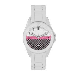 Modelo rosado femenino hermoso relojes de mano