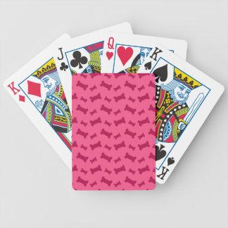 Modelo rosado lindo de los huesos de perro baraja de cartas