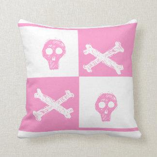 modelo rosado y blanco del cráneo rosado del cojín